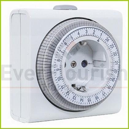 Időkapcsoló, mechanikus, napi, 15 perc kompakt  0025020109